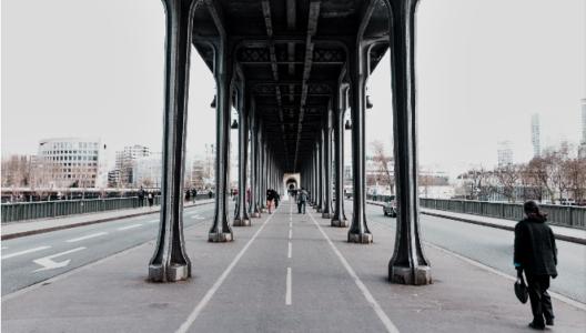 Le vélo, la distanciation physique naturelle face au Covid 19